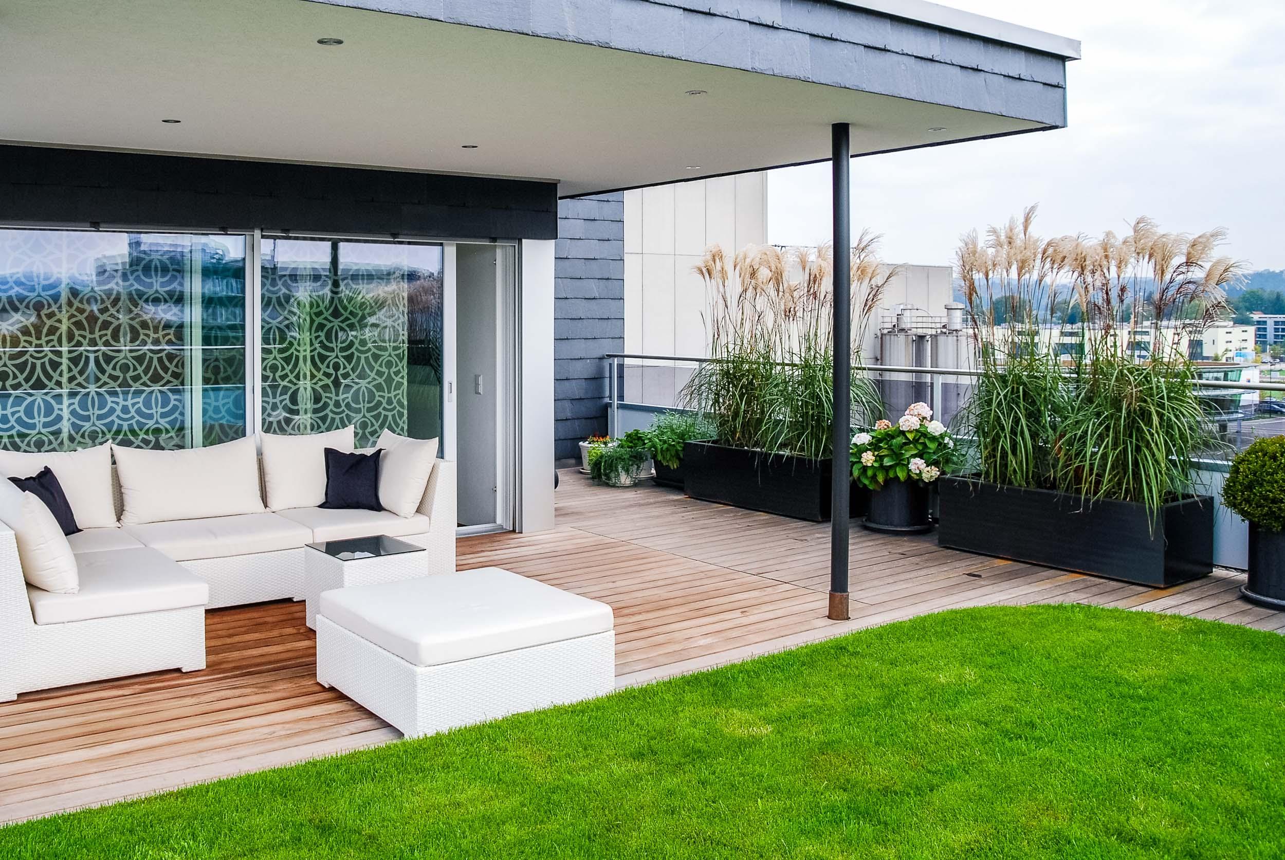 Beliebt Bevorzugt Gestaltung Dachterrasse auf Gewerbehaus, Uster - Schindler #AH_05